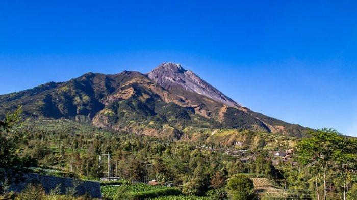 Warga Klakah Boyolali Mulai Mengungsi setelah Terdengar Gemuruh dari Gunung Merapi