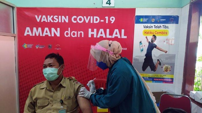 DKK Karanganyar Baru Terima 8.000 Dosis, Vaksinasi Termin Kedua, Sasaran Lansia dan Pelayan Publik
