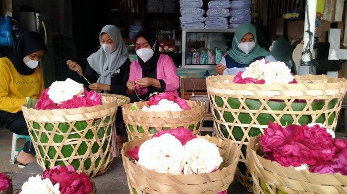 Harga Bunga Tabur di Bergota Capai Rp 400 Ribu, Imbas Penutupan Sementara Pasar Bandungan Semarang