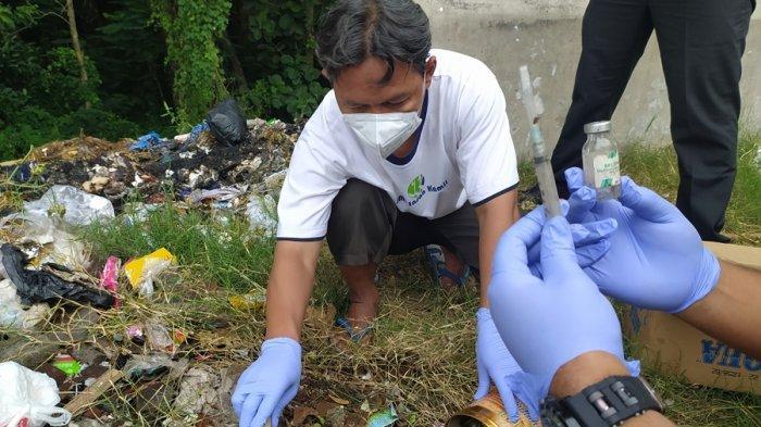 Limbah Medis Dibuang Sembarangan di Karanganyar, Ditemukan di Bawah Tumpukan Sampah Popok