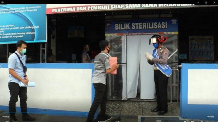 Datangi Poliklinik Polres Banjarnegara, Kamu Bakal Dihadang Polisi Pakai Helm Gatotkaca