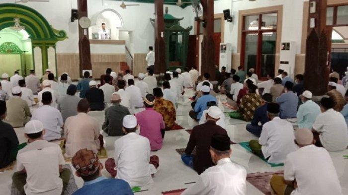 DMI Batang Minta Masjid Berjemaah Banyak Gelar Salat Tarawih 2 Sif, Terutama di Jalur Pantura