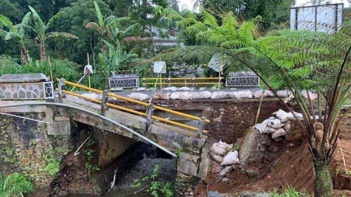 Pondasi Jembatan Ambrol di Wanayasa Banjarnegara, Jalan Provinsi Menuju Dieng, Bahaya Saat Malam