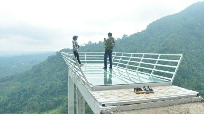 Punya Wahana Baru, Gumuk Reco di Sepakung Banyubiru Semarang Kini Dilengkapi Jembatan Kaca