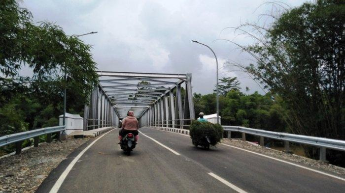 Kesal Lihat Pacar Mabuk, Gadis Asal Magelang Berusaha Lompat dari Jembatan Bangetayu Kota Semarang