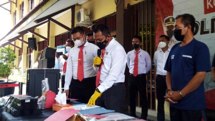 Jiman Korupsi Dana Desa - Kades Tambahsari di Kendal Ini Tergiur Tawaran Bansos