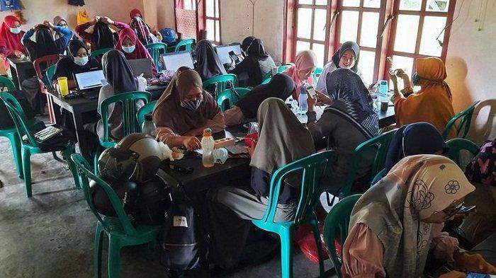 Modal Telepon Pintar, Ibu-ibu Kampung Marketer Purbalingga Raup Penghasilan hingga Rp 16 Juta/Bulan