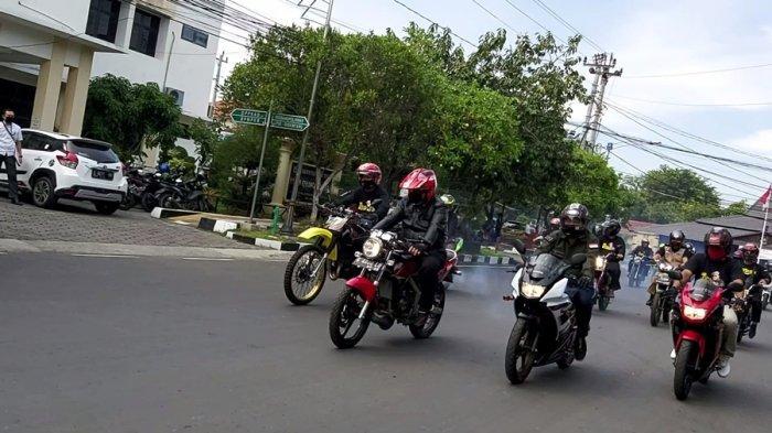 Begini Keseruan Dedy Yon Saat Ajak Kepala BNNP Jateng Naik Motor Keliling Kota Tegal