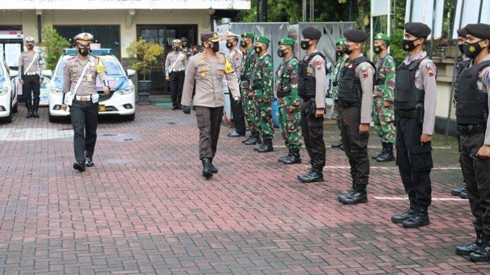 Selalu Pakai Masker, Operasi Keselamatan Candi Banjarnegara Juga Menyasar Prokes Transportasi Publik