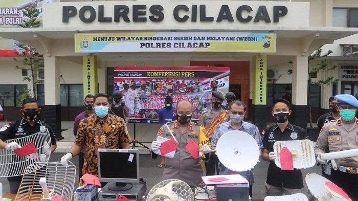 Jual Jaringan Internet Ilegal, Warga Malang Jawa Timur Diamankan Polres Cilacap
