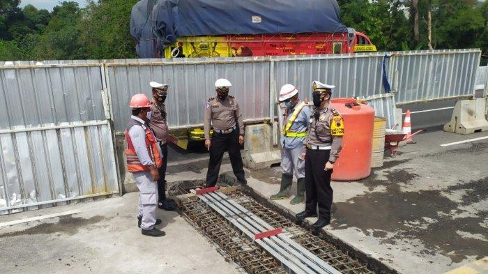 Cek Perbaikan Jembatan di KM 427, Polres Semarang Pastikan Tol Semarang-Solo Siap saat Libur Nataru