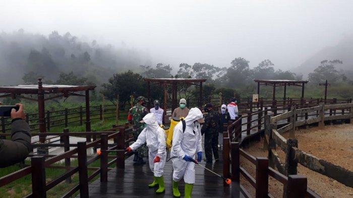 Kawasan Kawah Sikidang Dieng Disemprot Disinfektan, Dinparbud Banjarnegara: Upaya Sterilisasi