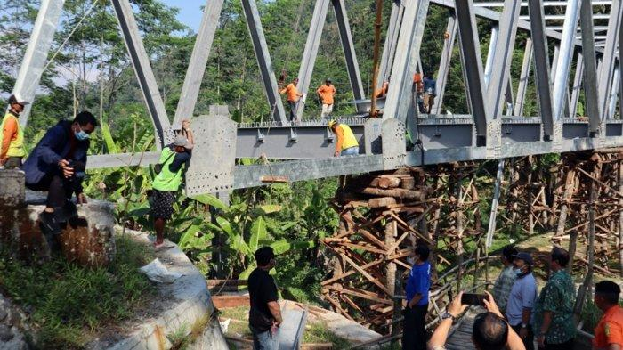 Warga Limbangan Tak Sabar Menanti Jembatan Plipiran Banjarnegara Selesai, Baru Capai 80 Persen