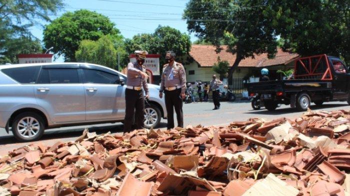 Truk Muatan Genting Tabrak Truk Sampah dan 2 Motor di Turunan Jalan Sultan Agung Semarang, 1 Tewas