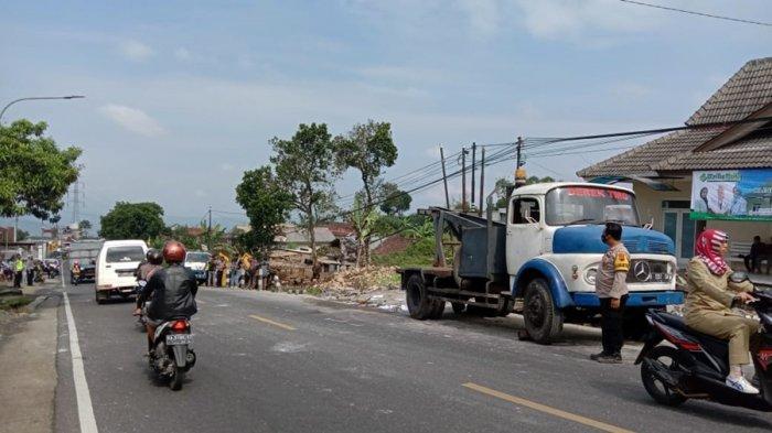 Jalur Tengkorak Kertek Wonosobo Kembali Memakan Korban, Empat Tewas Dihantam Truk