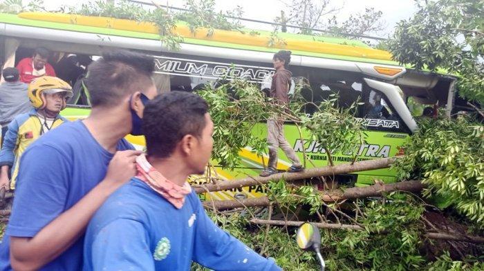 Tersisa Tujuh Korban yang Dirawat di Rumah Sakit, Pasca Kecelakaan Karambol di Dieng Wonosobo
