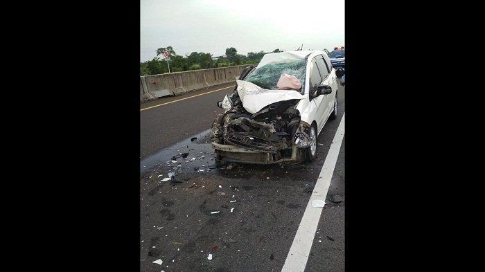 Lagi, Kecelakaan di Tol Pemalang-Batang: Honda Mobilio Ringsek Gara-gara Sopir Mengantuk