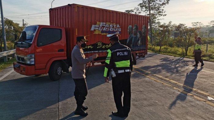 Exit Tol Ditutup, Jalan Arteri Salatiga Dipadati Truk dan Angkutan Barang