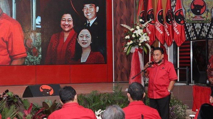Ganjar Tak Diundang Acara PDIP Jateng yang Dihadiri Puan, Bambang Pacul: Terlalu Ambisius Nyapres