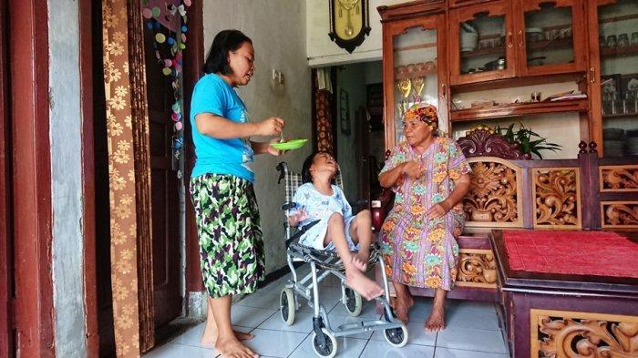 Kisah Perjuangan Ariyanti Besarkan Kirana, Penderita Cerebral Palsy, Ditinggal Ayah Saat Usia 3 Hari