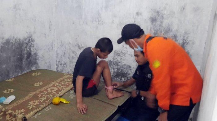 Kisah Keluarga Penderita Gangguan Jiwa di Salatiga, Ibunya Sakit Sehingga Kiki Dipasung di Kamar