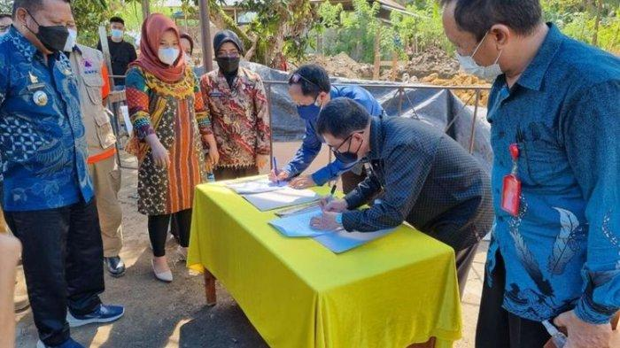 Dana Kemanusiaan Kompas Kembali Salurkan Donasi, Bantu Bangunkan SDN 04 Mekkatta di Majene Sulbar