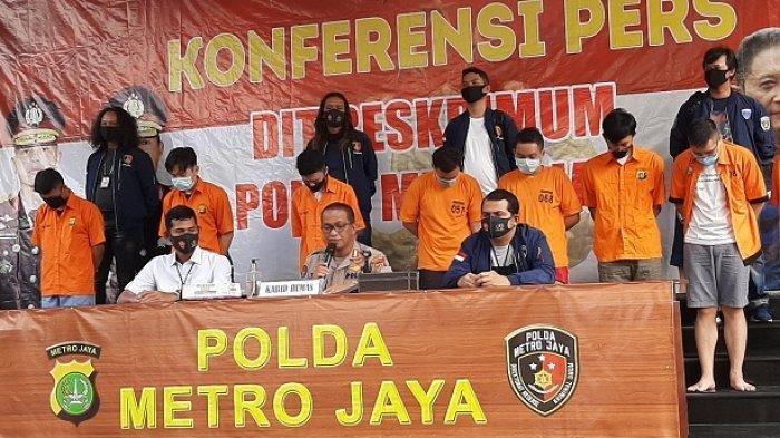 Polisi Gerebek Pesta Seks Sesama Jenis di Apartemen di Kuningan Jakarta Selatan