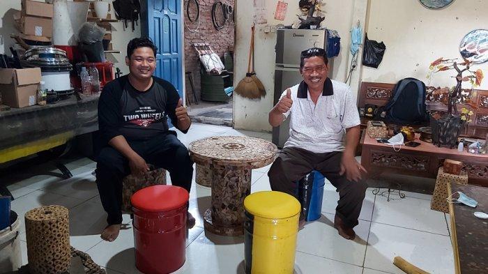 Bapak dan Anak Kompak di Tegal, Sulap Drum Bekas Jadi Furniture Cantik, Dijual Bisa Capai Rp 3 Juta