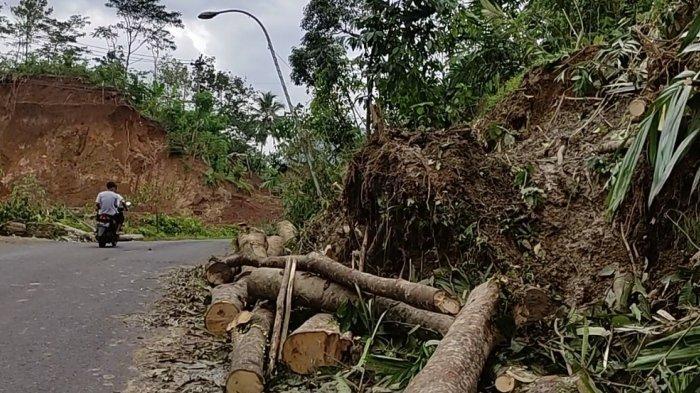 Perbaiki Jalan Rusak di Dieng, Bupati Banjarnegara Gunakan Uang Pribadi, Begini Tanggapan Ganjar