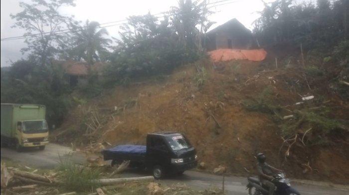 Akses ke Dieng via Banjarnegara Terancam Putus, Longsor di Tikungan Gripit Banjarmangu Makin Parah