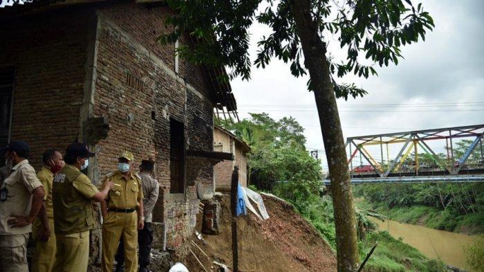 Rumah Tepian Sungai Luk Ulo Makin Terancam Longsor, Pemkab Kebumen Upayakan Pasang Bronjong