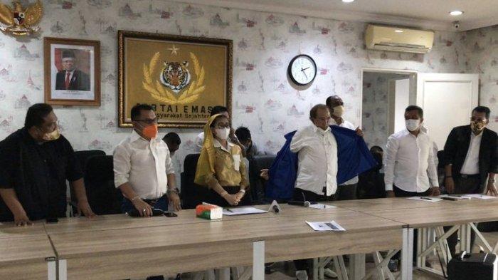 Lepas Jaket Partai Demokrat, Max Sopacua Gabung Bersama Partai Emas Pimpinan Hasnaeni