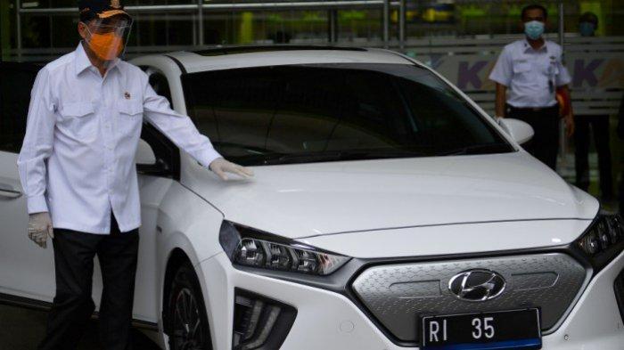Ganti Mobil Dinas, Menteri Perhubungan Budi Karya Sumadi Ganti Pakai Mobil Listrik