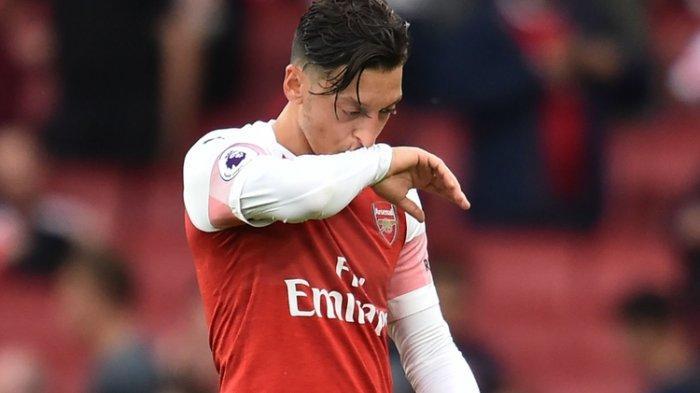 Mikel Arteta Sakit Kepala Ikuti Aturan Premier League, Satu Cara Arsenal Adalah Melepas Mesut Ozil