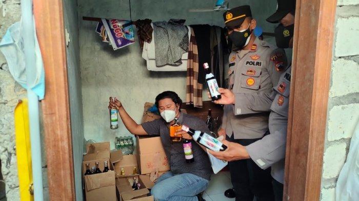 Polisi Sita Ratusan Botol Miras, Hasil Operasi di Toko Desa Pagerharjo Kabupaten Pati