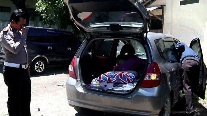 Pengemudi Honda Jazz Tepergok Mesum di Parkir Mal, Polisi Temukan Alat Kontrasepsi dan Tisu Basah