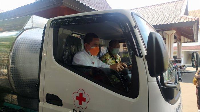 Iso Nyetir Truk Aku: Celoteh Bupati Pati Seusai Test Drive Mobil Tangki Bantuan Bank Jateng