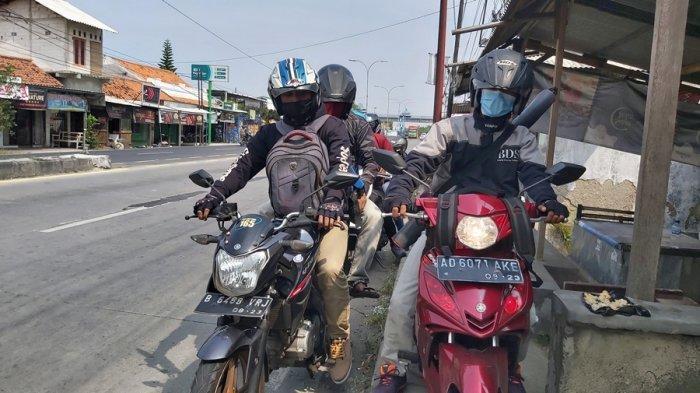 Jalur Pantura Kota Tegal Makin Dipadati Pemudik Motor, Hari Ini Puncak Mudik Dini