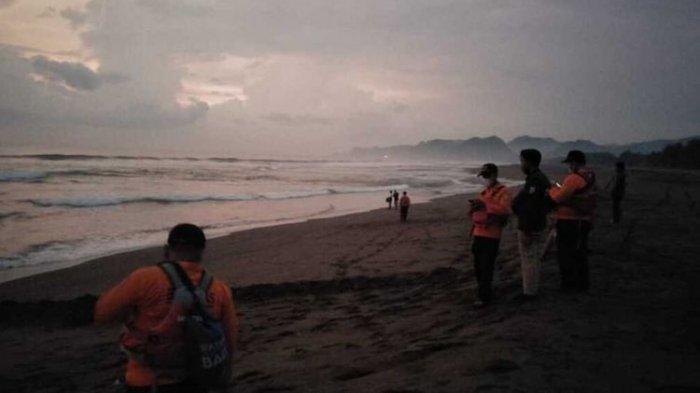 Pria Pencari Yutuk Hilang Terseret Ombak di Kebumen, Begini Kronologisnya