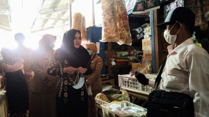 Retribusi Pedagang Pasar Tradisional Dihapus Sementara di Kendal