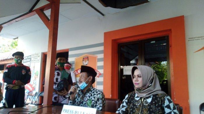 Setelah Deklarasi Paslon Nurani Nyusul Dibas ke KPU Kendal, Hevy: Alhamdulillah Lapak Kami Laku