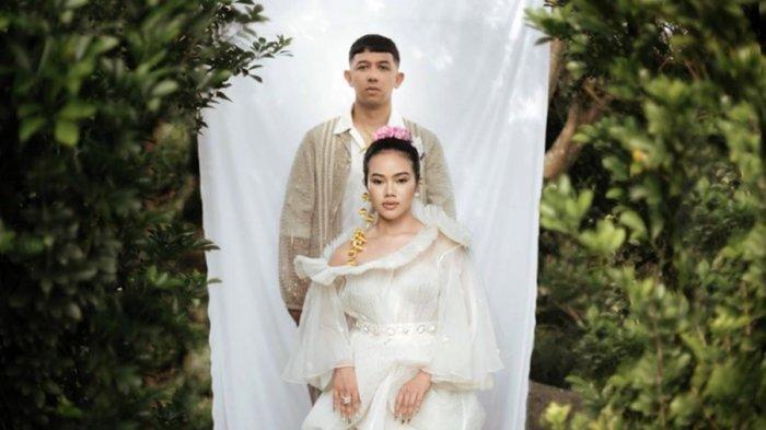 Yura dan Donne Sah Jadi Pasutri, Menikah di Bandung, Disiarkan Langsung Via Instagram