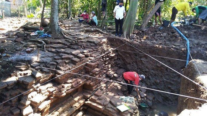 Bangunan Candi Ditemukan di Rowosari Kendal, Diduga Peninggalan Era Sebelum Kerajaan Mataram Kuno