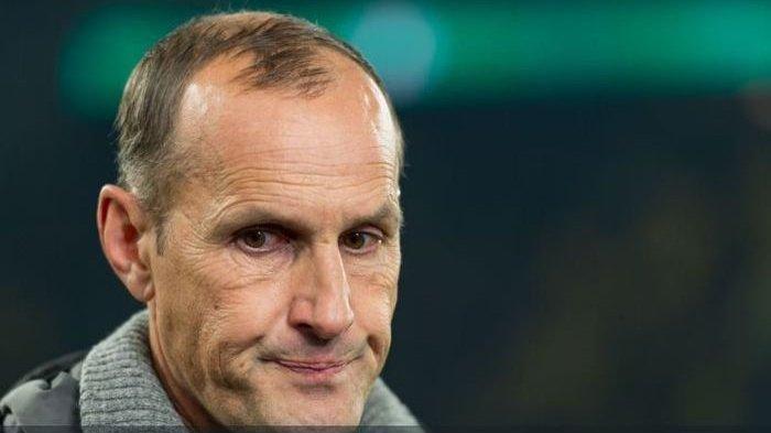 Dihukum Gara-gara Beli 'Odol', Pelatih Klub Bundesliga Jerman Dilarang Dampingi Pertandingan
