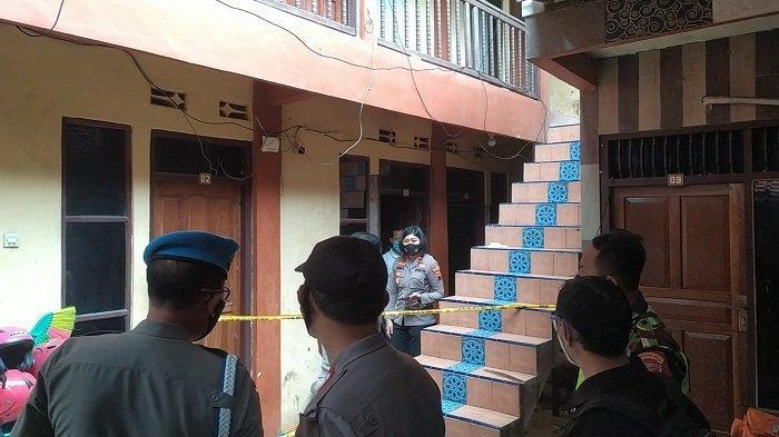 Terekam CCTV, Pria Bertopi Masuk Kamar Pemandu Lagu yang Ditemukan Tewas di Kamar Kos di Semarang