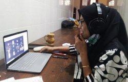 Puluhan Siswanya Tak Miliki Gawai, SMAN 5 Semarang Beri Pinjaman Laptop
