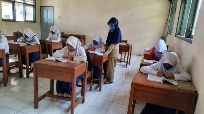 Sekolah Mulai Terapkan Belajar Tatap Muka di Sebagian Wilayah Jateng