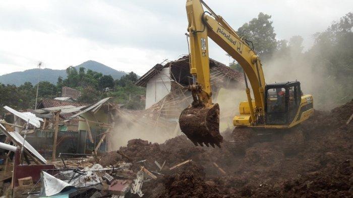 Tim SAR Gabungan Temukan 22 Korban Tewas Longsor Cimanggung Sumedang, 18 Orang Masih Hilang