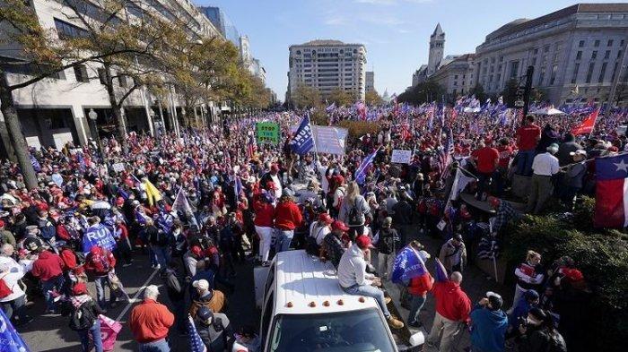 Yakin Donald Trump Dicurangi di Pilpres AS, Ribuan Pendukung Gelar Demo di Washington