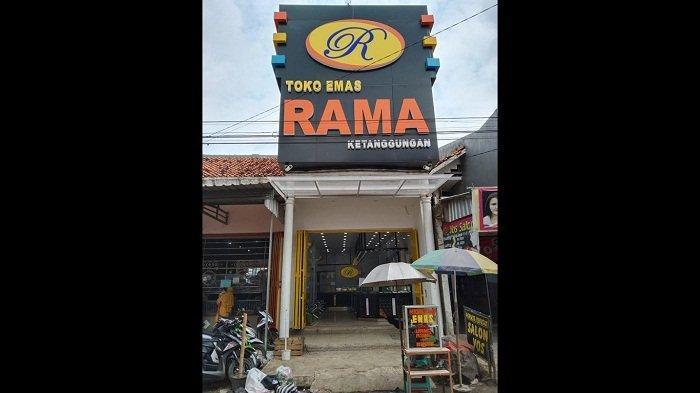 Suasana Toko Emas Rama Ketanggungan di Jalan Diponegoro, Kabupaten Brebes, Kamis (1/7/2021).